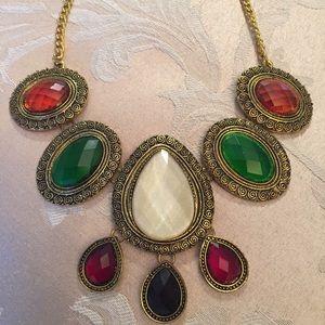 Jewelry - Antique Gold Jewel Stone Necklace
